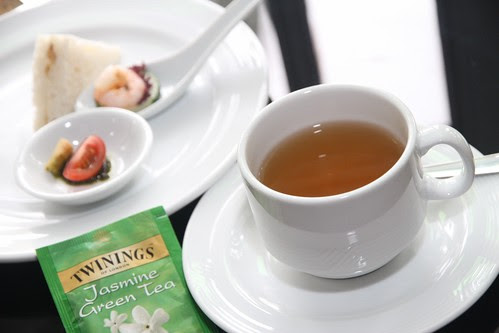 Jasmine green tea enjoyed with an assortment of canapes and light sandwiches (1024x683)