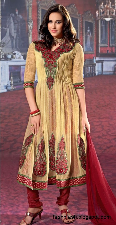 Anarkali-Winter-Frocks-Anarkali-Embroidered-Umbrella-Frocks-New-Fashion-Dress-Designs-7