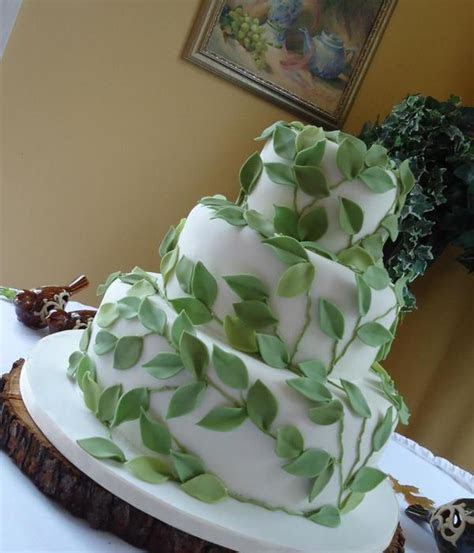 Top Vines & Leaves Cakes   CakeCentral.com