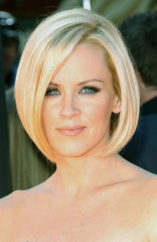 The Best Haircuts For Oval Shaped Faces Women Hairstyles Haircuts