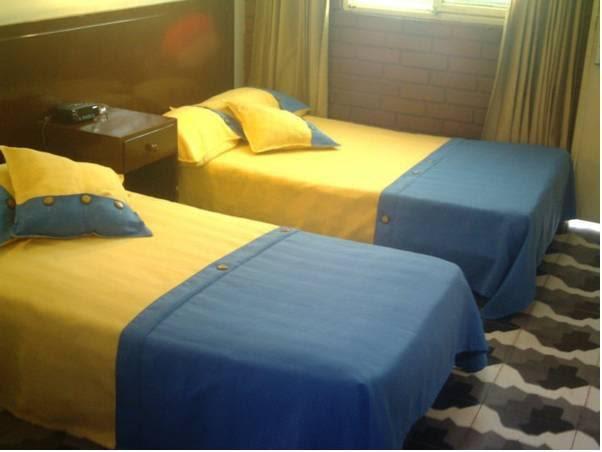 Review Hotel La Luna