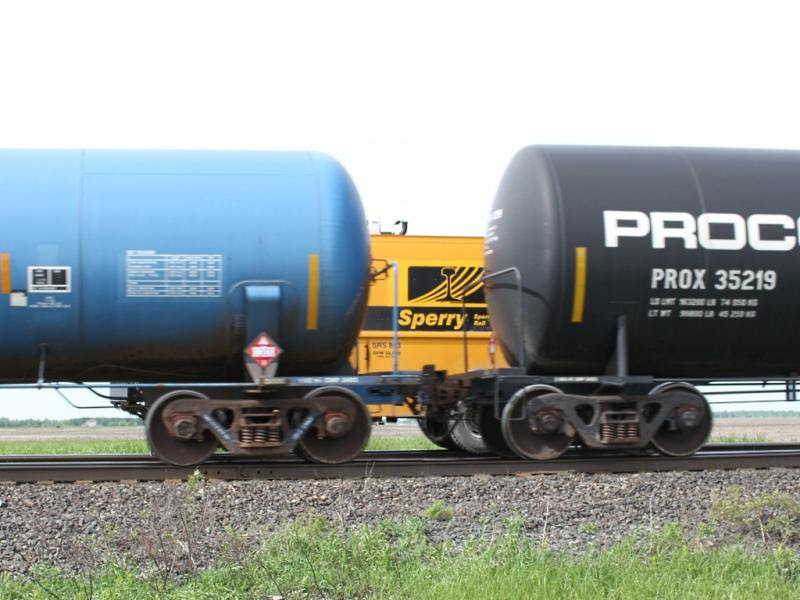 Sperry truck SRS 863 behind train