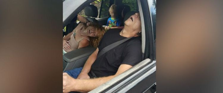 PHOTO: The East Liverpool Police Department in Ohio released a photo showing a child in the back seat of a car while the driver and other passenger allegedly overdosed on heroin.