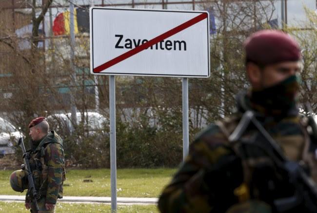 Soldados Bruselas