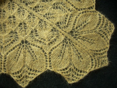 """""""Haruni"""" shawl by Asplund"""