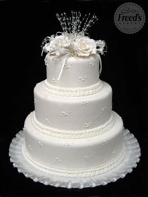 Inexpensive Wedding Cakes   Freed's Bakery Las Vegas