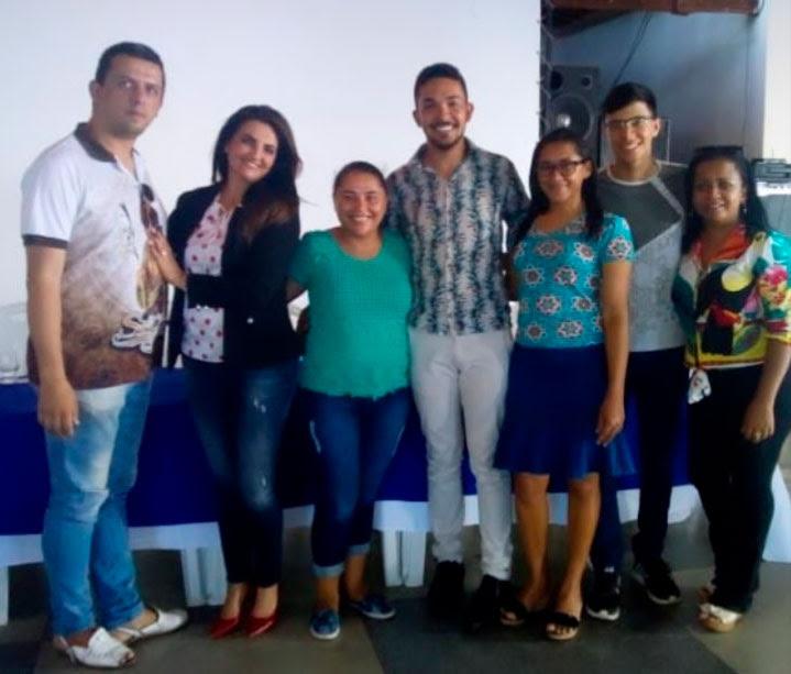 A secretária de Desenvolvimento Social e Cidadania, Heliany Pereira Mariano, reuniu toda a sua esquipe de trabalho, nesta quinta-feira (21), na Casa das Juventudes.