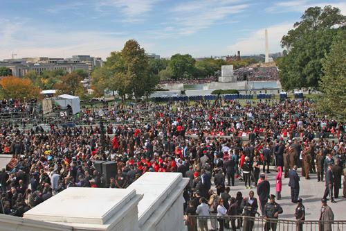 Crowd_-_Andrea_Muhammad_A.jpg