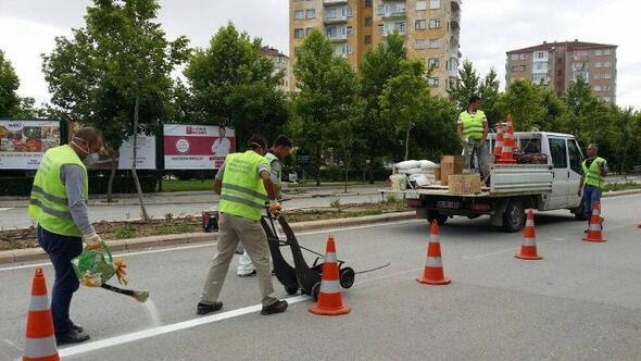 Eskişehir Haberleri Büyükşehir Belediyesinden Yol çizgi Boya