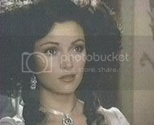 http://img.photobucket.com/albums/v443/queen_of_the_arts/Scarlet%20Pimpernel/scarletpimpernelmarguerite3.jpg