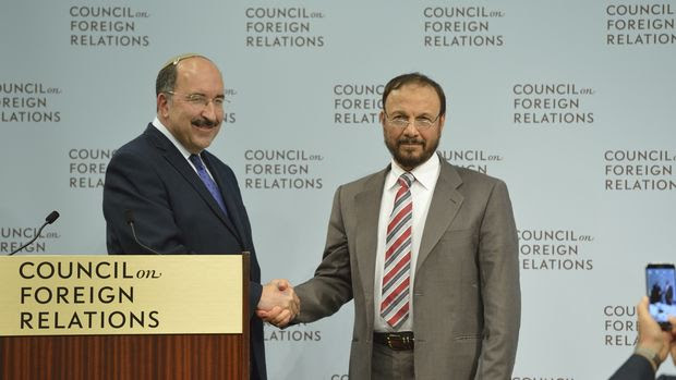 <p>Old enemies find a common foe.</p>  Photographer: Kaveh Sardari/Council on Foreign Relations