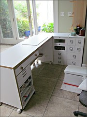 Sewing table plus cube units