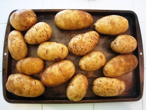 How To: Microwave Potatoes