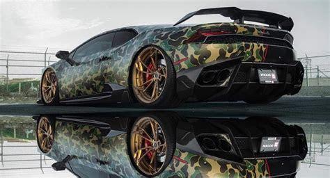 Half Camo, Half Black Lamborghini Huracan Looks Menacing