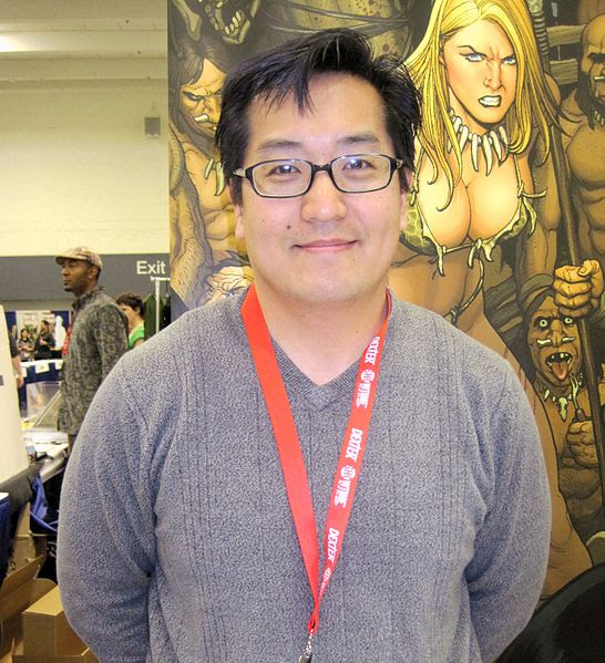 File:Frank Cho at WonderCon 2010 2.JPG