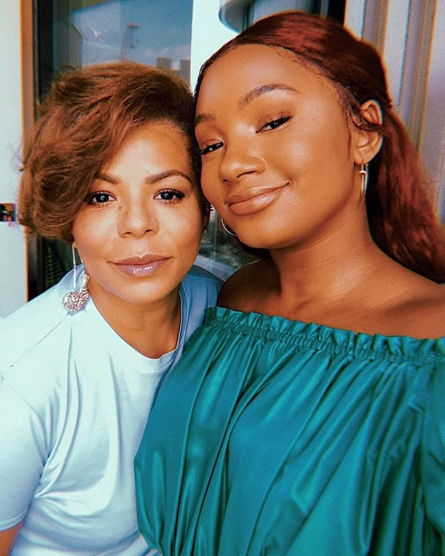 Temi Otedola And Her Mother, Nana In Adorable Selfie