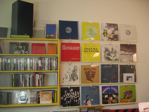 a-Musik on the shelves 2009-02-10