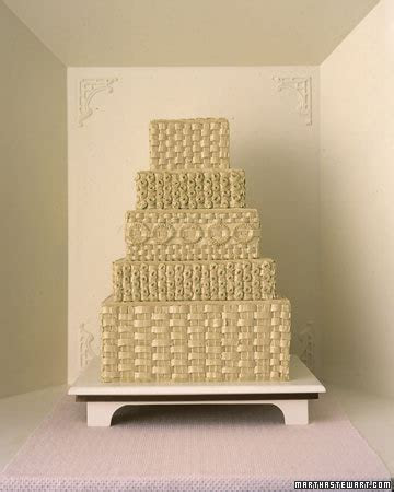 Quilted and Piped Wedding Cakes   Cloud 9