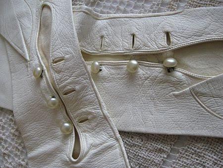 Vintage Bone White Long Kid Leather Bridal Wedding Gloves