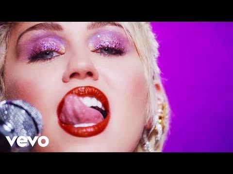 """Miley Cirus se muestra desnuda en videoclip de """"Midnight sky"""""""