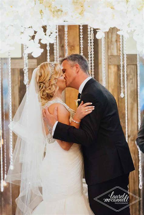 Kristin and Matt Luxury Sodo Park Wedding ? Flora Nova Blog