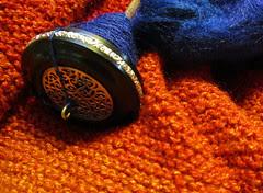 blue knitting2