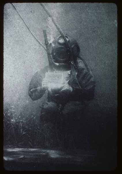 Louis Marie Auguste Boutan 1893 first underwater photo As Primeiras Fotografias da História