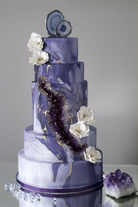 209 best images about Geode Cakes on Pinterest   Beautiful