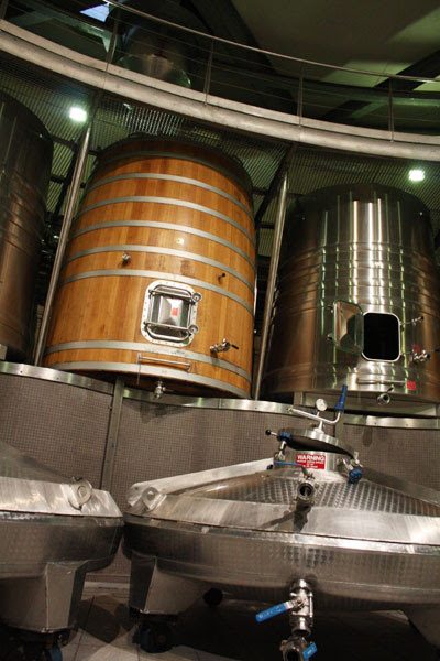 The fermentation and remontage tanks