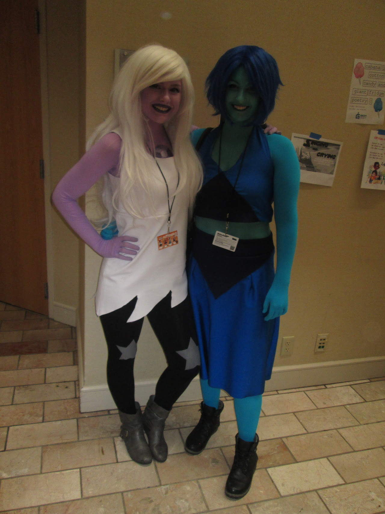 The SU cosplayers were great this year!! That big buff cheeto puff tho, man. And that Centi was so cute!!! (help me credit these cosplayers!!) Rose Quarts: papoosh Centi: @redrover-redrover