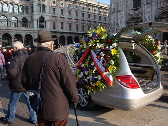 Funerali Niccolò Savarino - Piazza Duomo