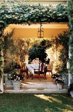 Secret garden-inspired, outdoor dining by Ralph Lauren Home