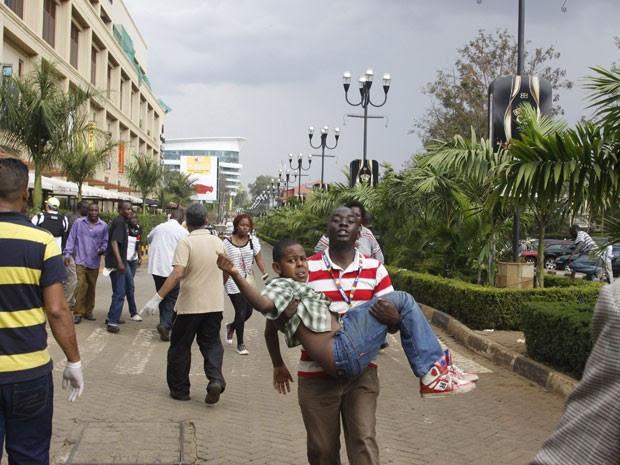 Ataque ocorreu em shopping de luxo (Foto: Khalil Senosi/AP)