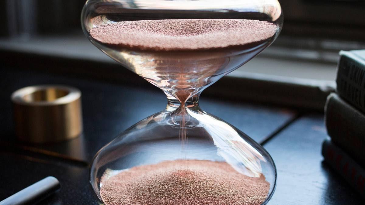 Por Qué Este Reloj De Arena Apple Vale 11000 Euros Ascom