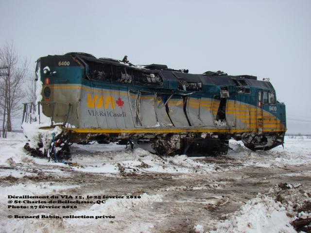 VIA 6400 without trucks at derailment site. Photo by Bernard Babin