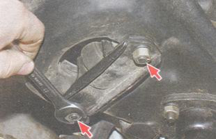 статья про Замена амортизатора передней подвески на автомобиле ВАЗ 2106