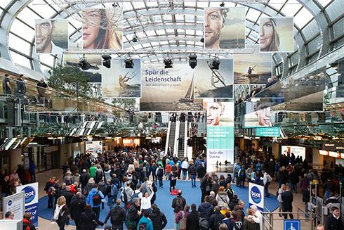 Boot Düsseldorf 2016 Veel Zeilmateriaal En Motorboten Watersport