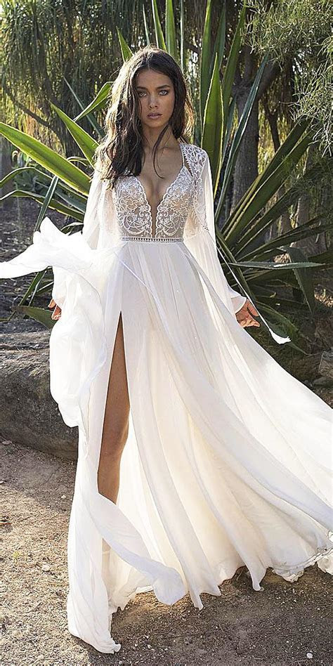 21 Fantastic Lace Beach Wedding Dresses   Wedding Dresses