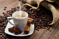 Tratamente naturiste. Cafeaua – cheia longevității? 10 mituri despre licoarea neagră a dimineților tale
