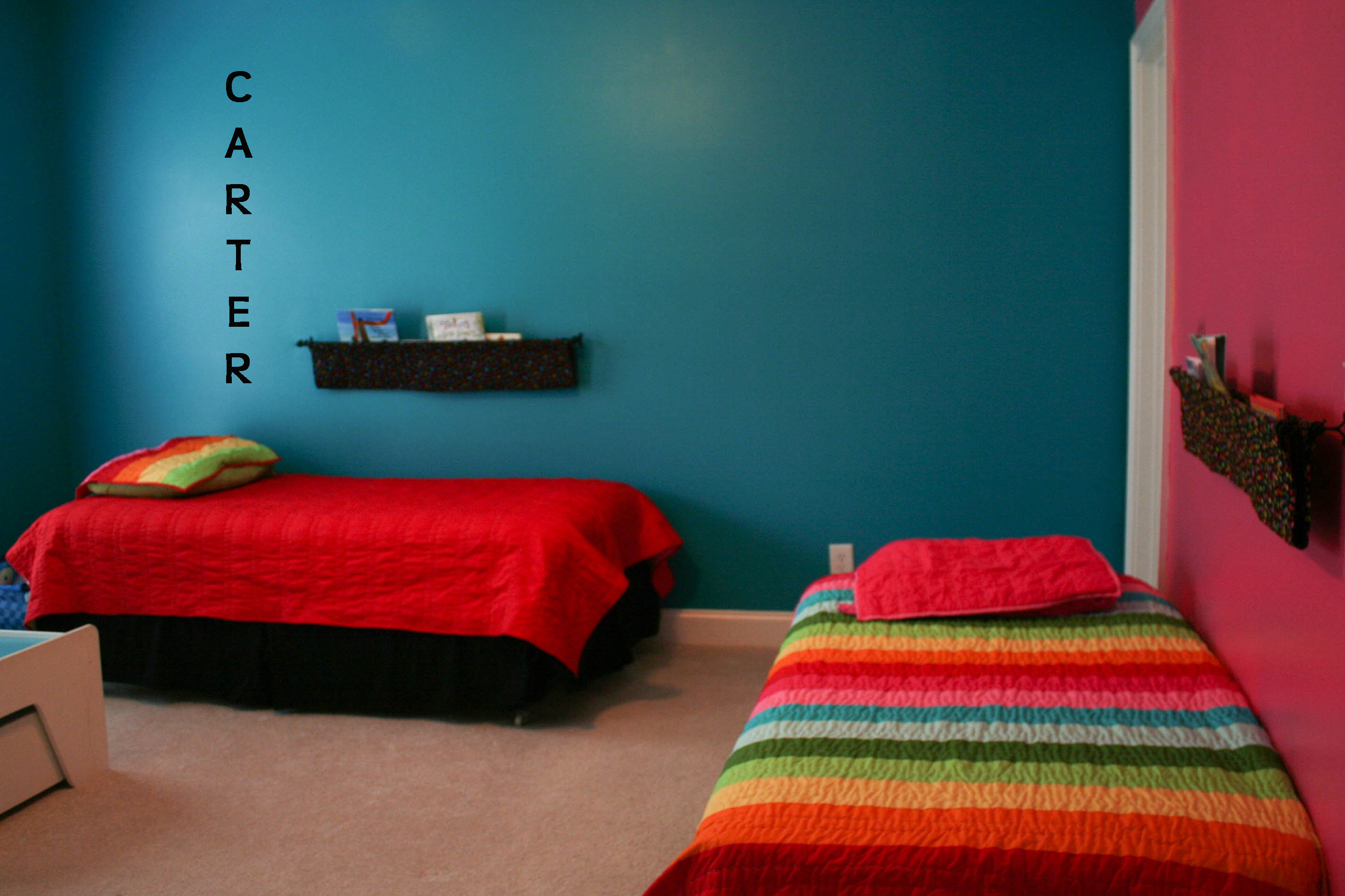 Picture of: Bedroom Ideas For Sister And Brother Bedroom Decorating