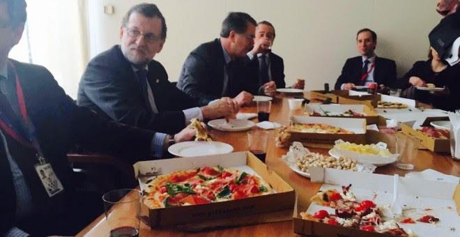 Fotografía difundida por Mariano Rajoy en Twitter tras el acuerdo entre Reino Unido y los jefes de Estado de la Unión Europea.