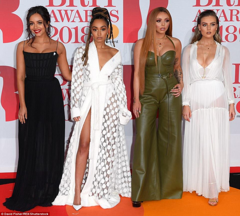 Reunido: (Da esquerda) Jade Thirlwall da Little Mix, Leigh-Anne Pinnock, Jesy Nelson e Perrie Edwards voltaram juntos no tapete vermelho na noite de quarta-feira, para os BRIT Awards no O2 Arena de Londres