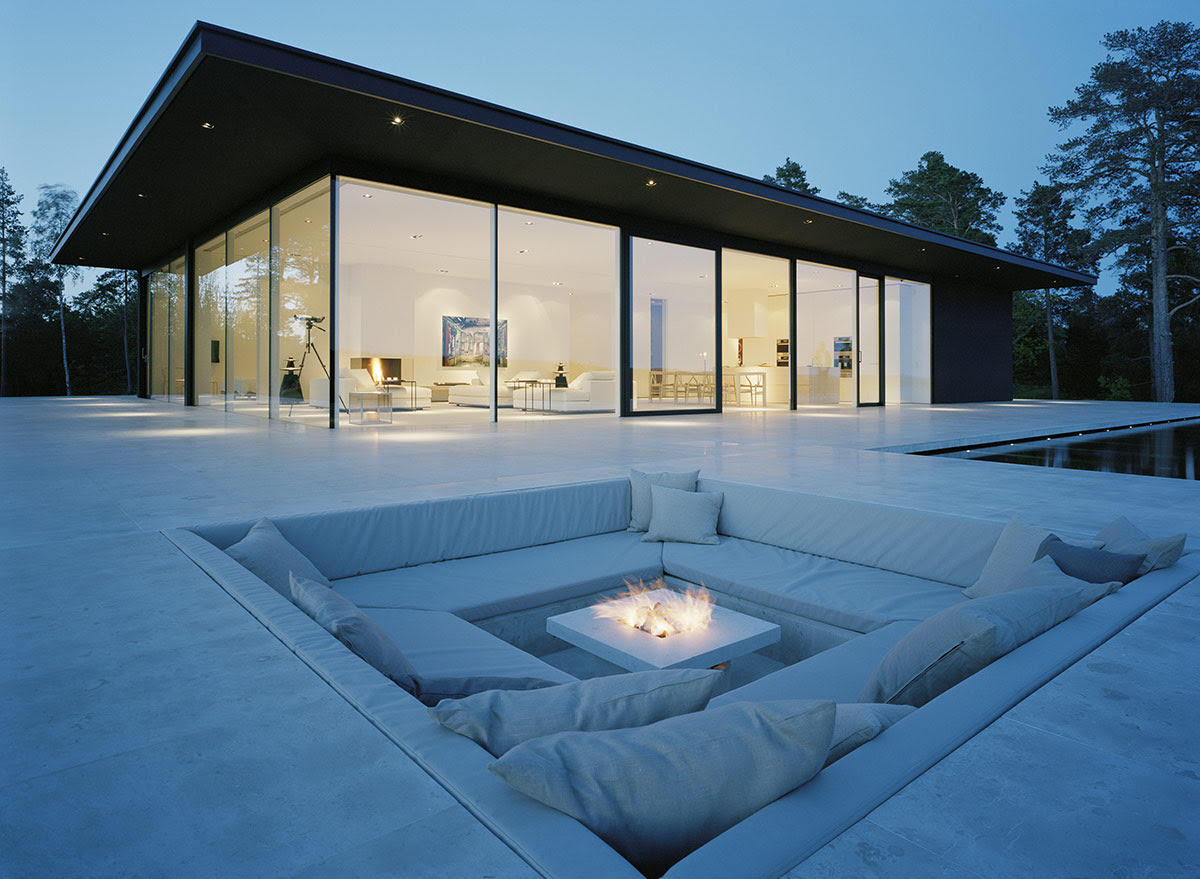Fire Pit, Stunning Lake House in Sweden