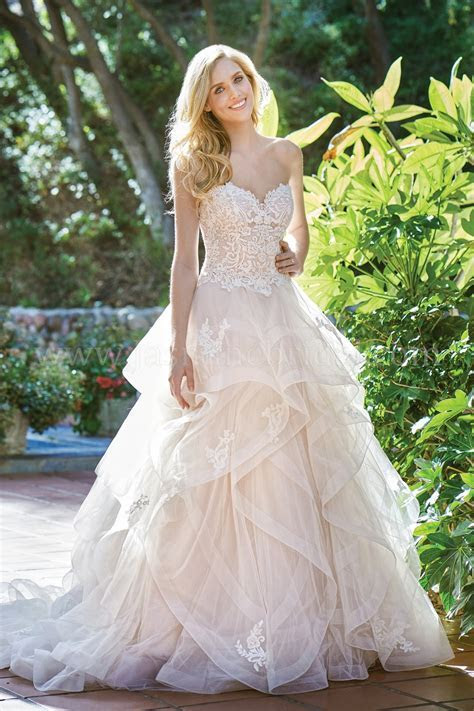 F201068 Strapless Sweetheart Netting Tulle & Lace Ball