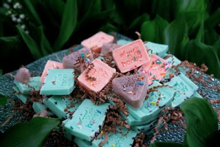 Sweet Pure Honey, green wedding favors! Gorgeous handmade soaps!