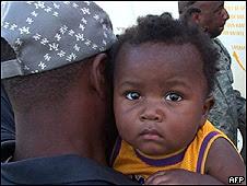 http://www.bbc.co.uk/worldservice/assets/images/2010/01/19/100119203833_sp_haiti_afp_226a.jpg