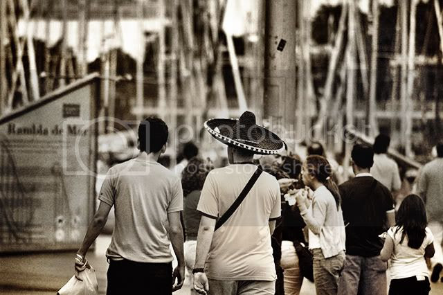 Tourist wearing Mexican hat in Barcelona [enlarge]