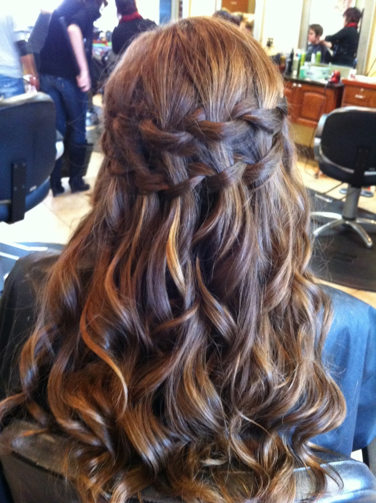 15 Pretty Half-Up Half-Down Hairstyles Ideas - fashionsy.com