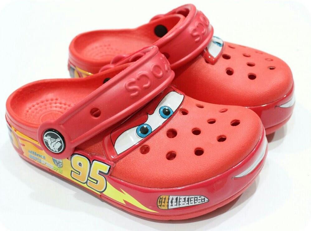 f59111d8291cb zapatos crocs adidas