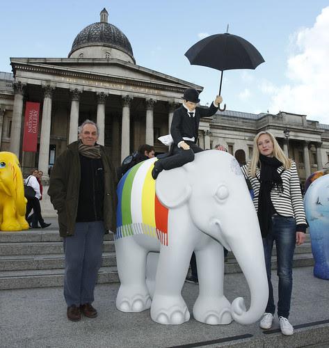 Mark Shand and Ruth Powys with Jack Vettriano's elephant
